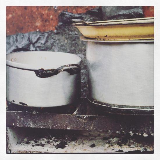 Pots and pans, Xai Xai